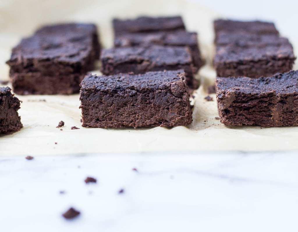 Squash Brownies (paleo, lightly sweetened)