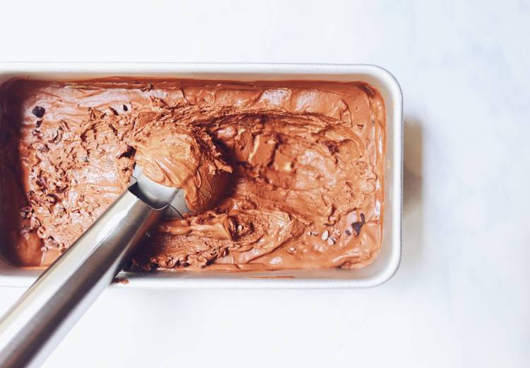 Paleo Double Chocolate Custard Ice Cream (dairy-free) via Food by Mars