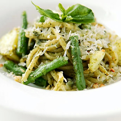 Pesto Linguine with Green Beans & Artichoke Hearts recipe