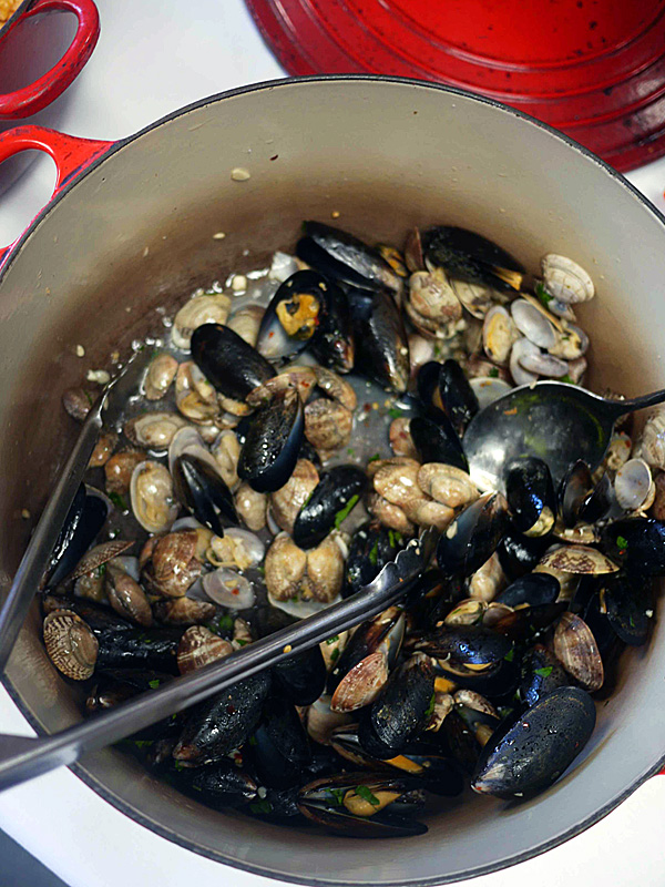 Summer meals: Mussels & clams from Trattoria Uliveto
