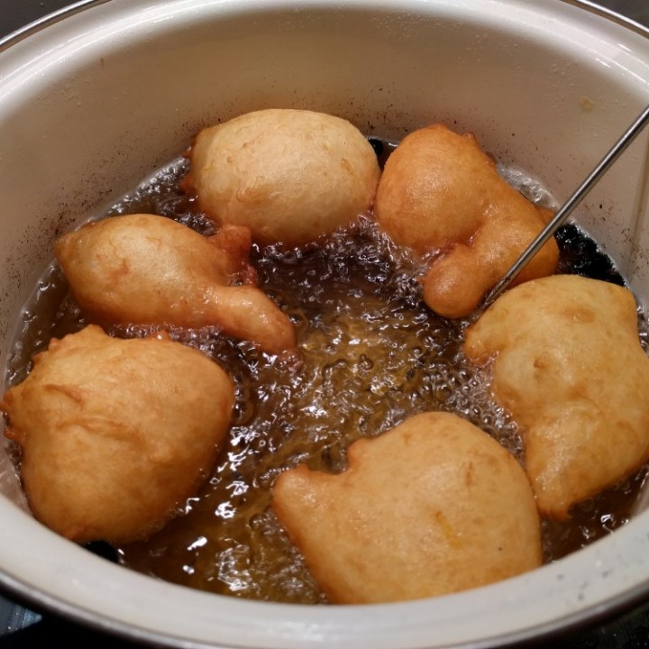 What Are Oliebollen The Dutch Donut Recipe Food Crumbles