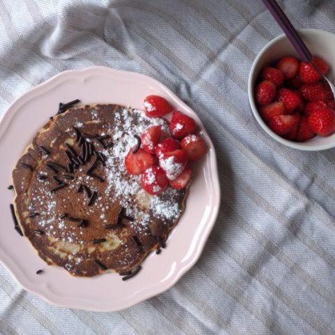 Eggless pancakes with almond flour