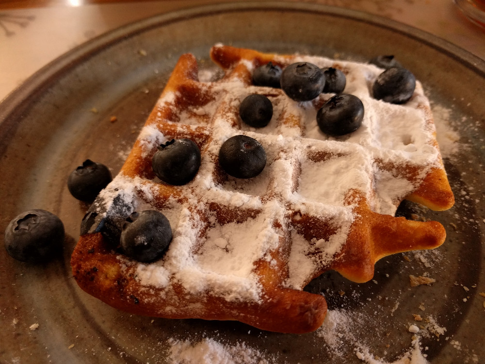 Science of waffle making – Do you need to flip them over?