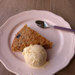 vanilla ice cream with blueberry cake