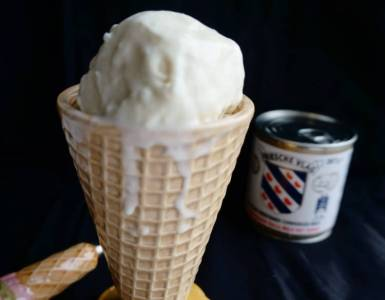 2 ingredient vanilla ice cream - made with only condensed milk and whipped cream