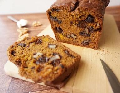 pumpkin bread with walnuts and raisins