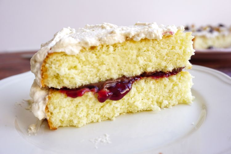 Genoise cake – A baking guide by unravelling its science