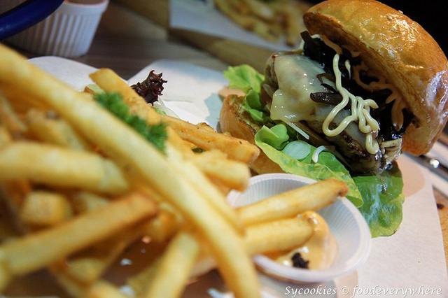 7.grind burger bar-Wild Shroom RM 17 (2)