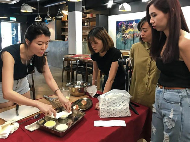 14.Making Portuguese Egg Tart with Portuguese Chef in Macao before an authentic Portuguese meal at Le Cesar (old Taipa)