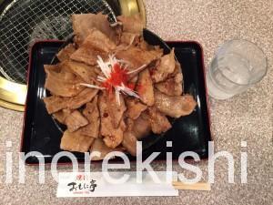 西葛西メガ盛り焼肉おもに亭ランチメガ豊熟もち豚丼10