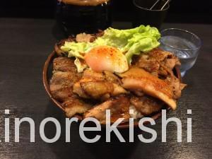 秋葉原焼肉丼たどんBIG丼キムチ食べ放題11