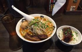 神田ラーメンカラシビ味噌らー麺鬼金棒特製大盛り大肉飯9
