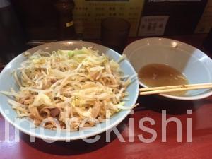 神田デカ盛り立川マシマシ大ラーメン野菜マシ4