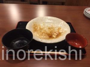筑前屋神田やきとんランチデカ盛りチキン南蛮定食ご飯大盛りおかわり自由無料7
