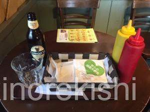 神田フレッシュネスバーガーハンバーガーチェーン店クラシックホットドッグギネスビール世界19