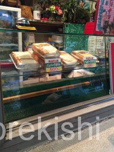 デカ盛りサンドイッチ東銀座アメリカンタマゴサンドランチ巨大人気有名朝食モーニングチキン築地19