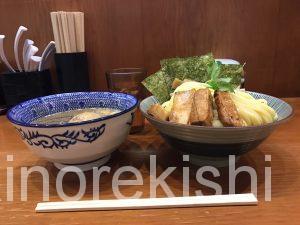 東京特盛グルメ新宿三丁目百日紅さるすべり特製煮干しつけ麺オススメ有名人気ラーメンそば濃厚デカ盛りスープ割り熱盛り揚げにんにく19