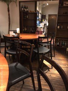 東京深夜グリーンカレーメナムのほとり神保町本店店舗テラススクエア大手町丸の内ガーデンタワーシンハービールレッドカレー激辛辛さたけのこ平日タイ料理女性男性カオマンガイトムヤムクン有名人気7