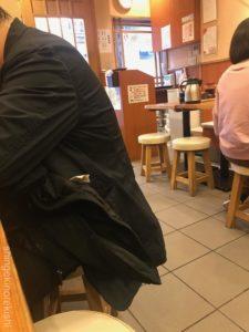とんかつまるや新橋烏森口店厚切りロースかつ定食メニューご飯大盛り味噌汁おかわり自由デカ盛り進撃の歴史7