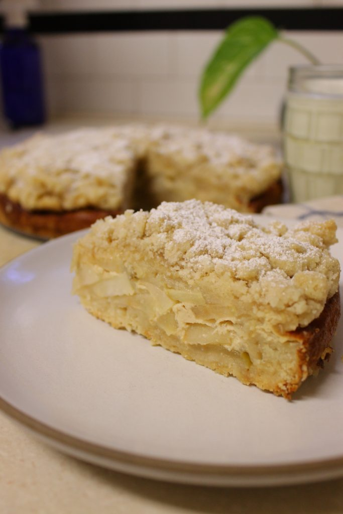 apple-custard-crumb-cake-sliced