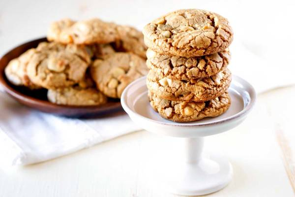 Bake Sale recipe: White Chocolate Macadamia Nut Cookies