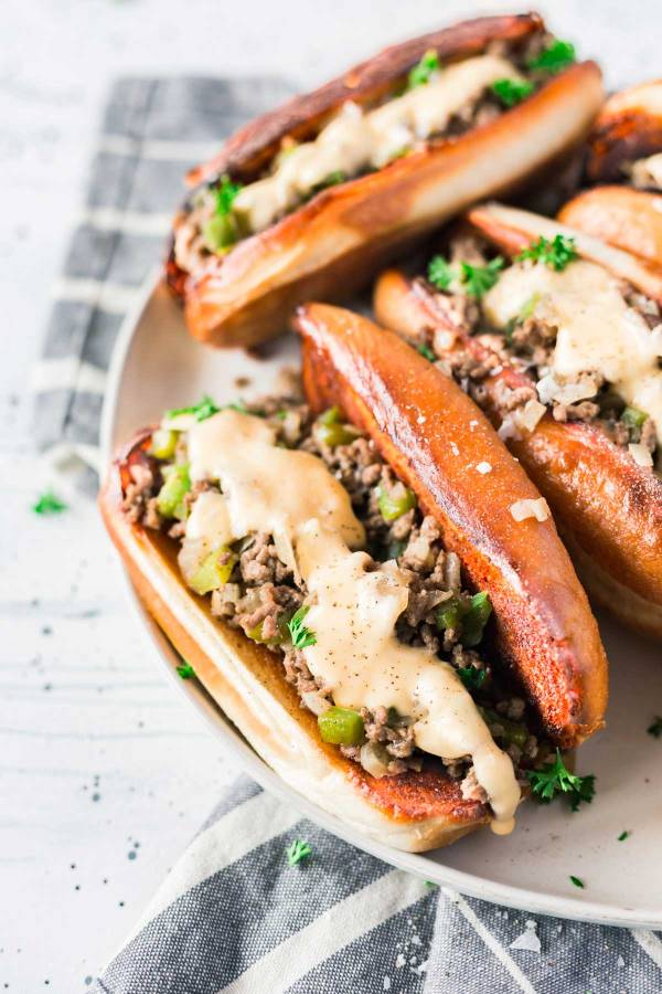 Quick and Easy Philly Cheesesteak Sloppy Joes