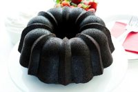 This recipe for Dark Chocolate Pound Cake with Strawberries and Cream uses tree popular Valentine's Day ingredients: chocolate, strawberries, and cream!