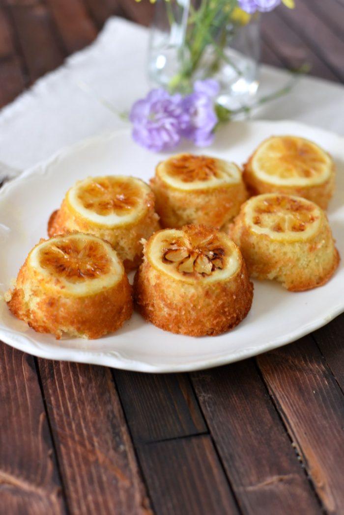 Lemon Cakes Sansa on a serving platter