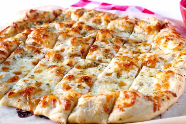 Pizzeria Style Garlic Cheese Breadsticks recipe