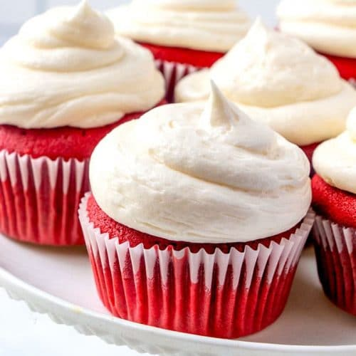 Bet red velvet cupcakes recipe ready to be served.