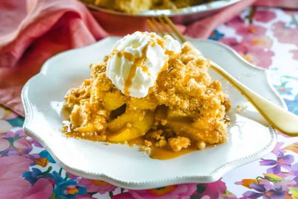 The best homemade Dutch Apple Pie recipe!