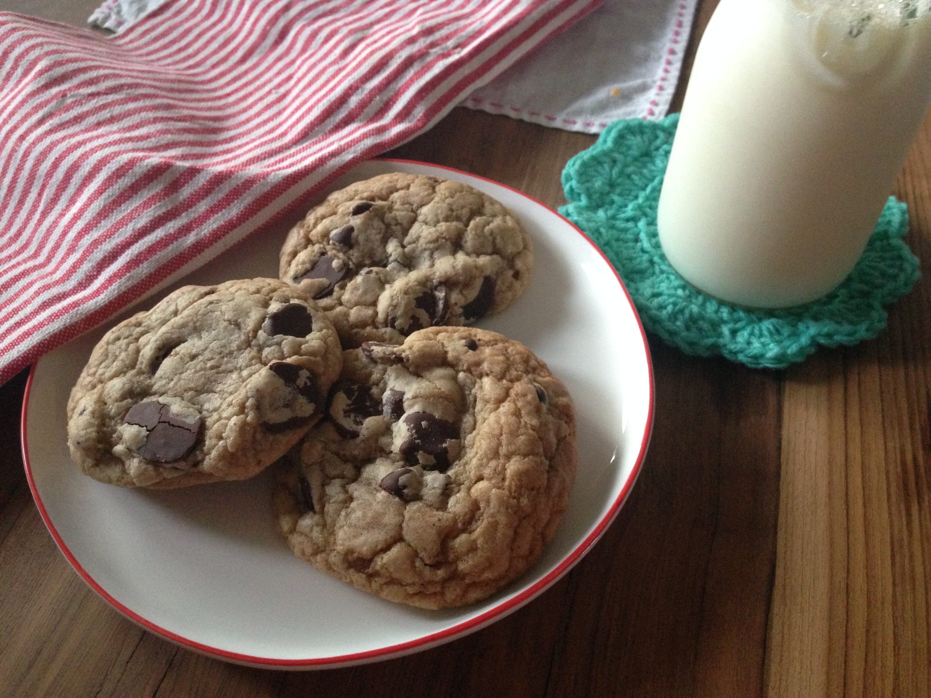 Recipe Review ((AND RECIPE!!)): Thick & Chewy Chocolate Chip Cookies from Cook's Country Magazine