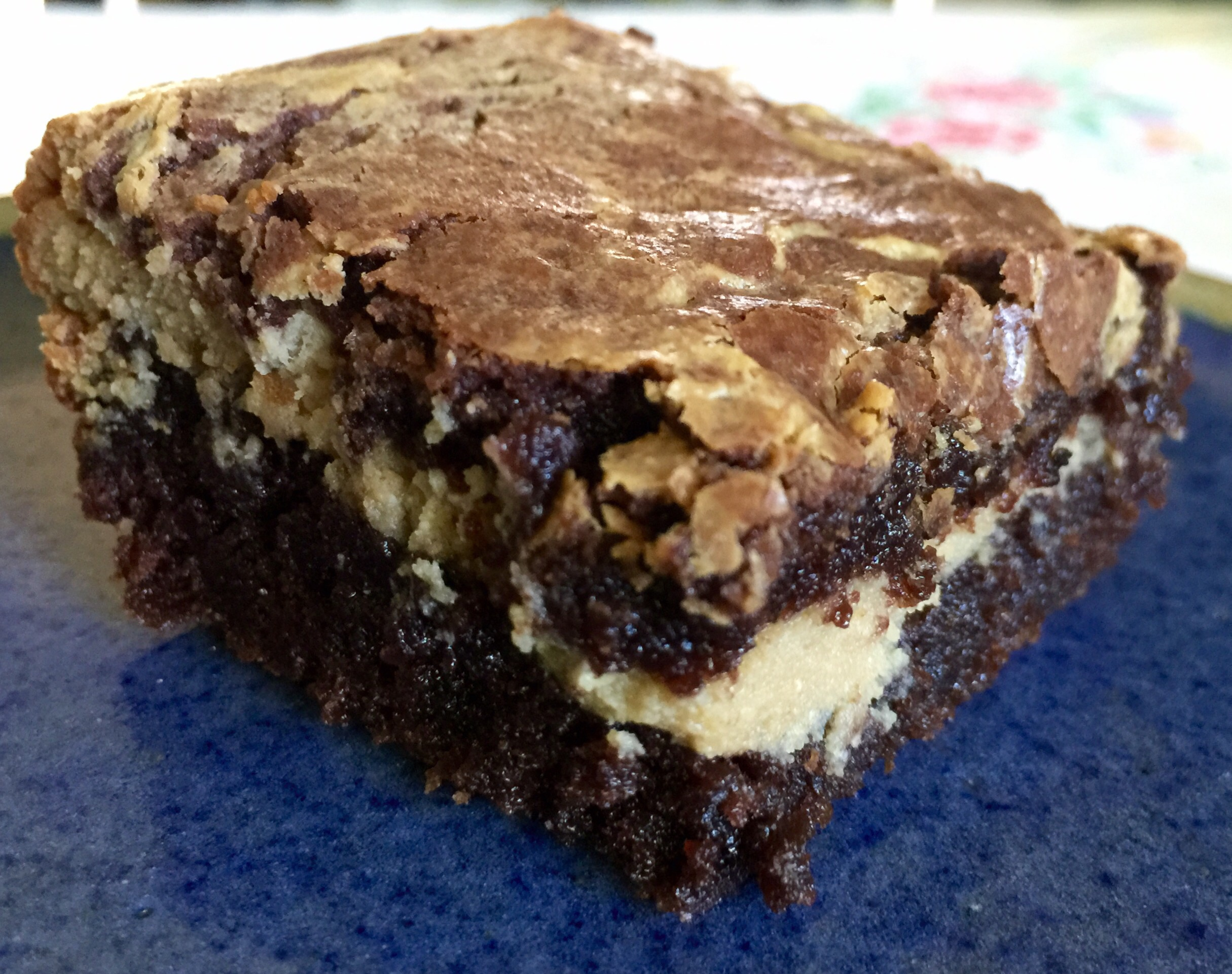 Cookie Butter Cheesecake Brownie Sandwiches