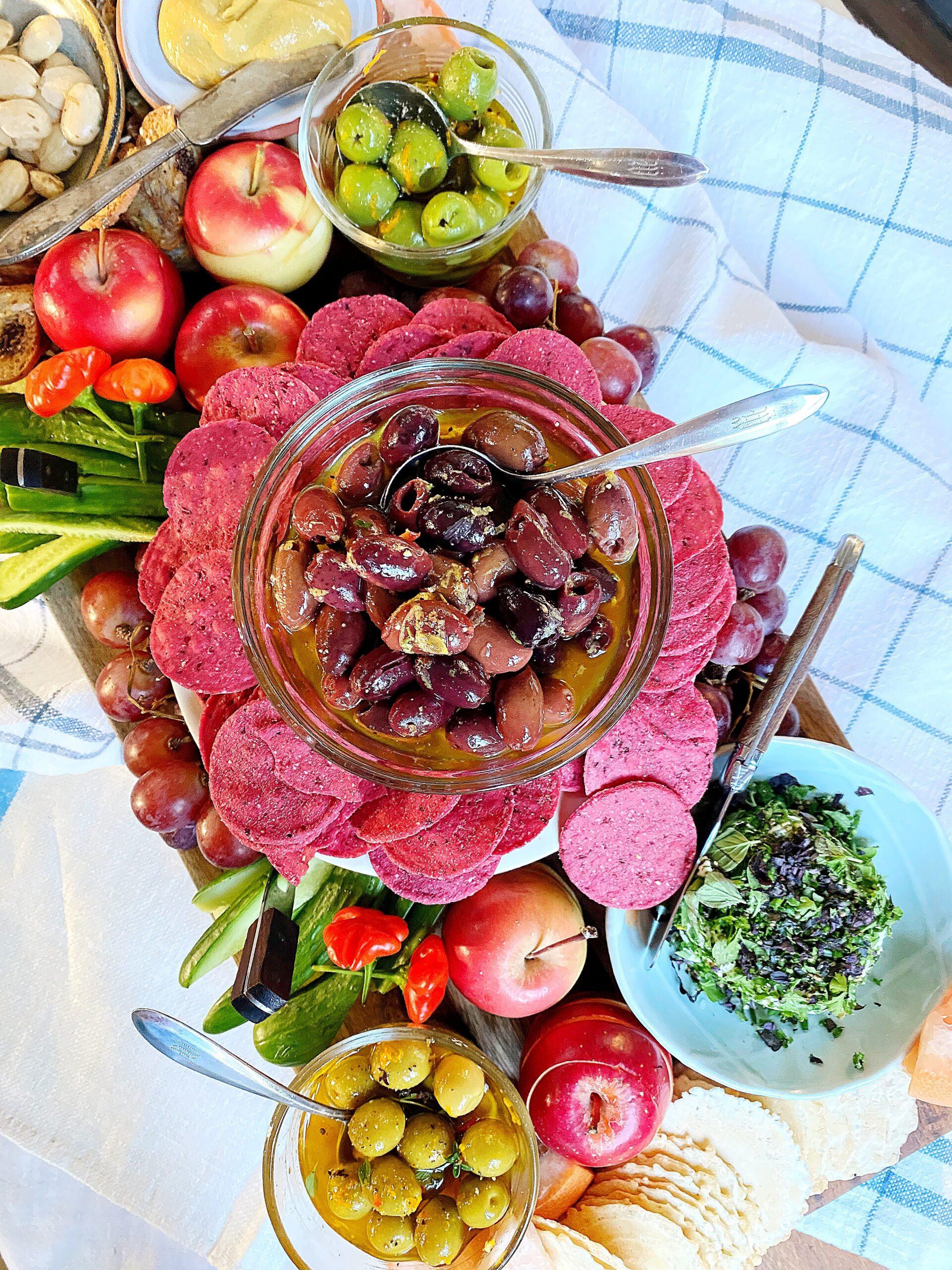 5-ingredient Marinated Olives
