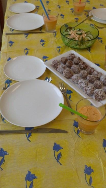 Chocolate spheres (balls, oatmeal, butter, cocoa, sugar)