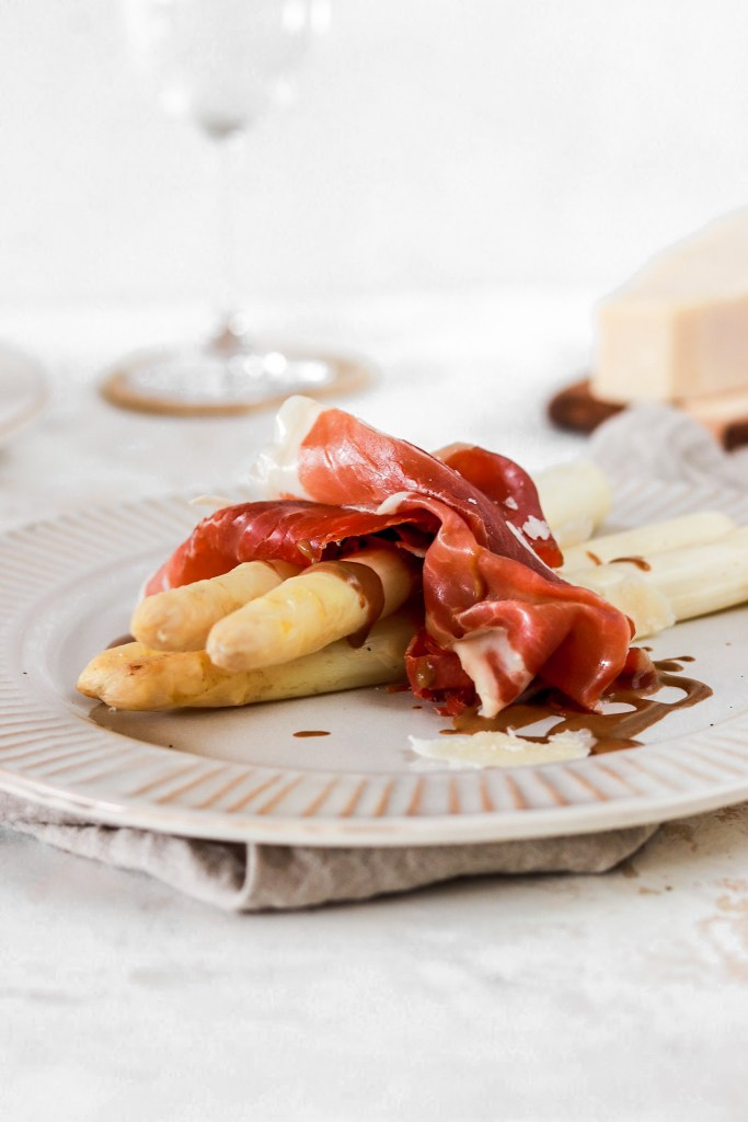 White Asparagus with Prosciutto (Gluten & Grain Free, Low Carb) From Front On a Plate