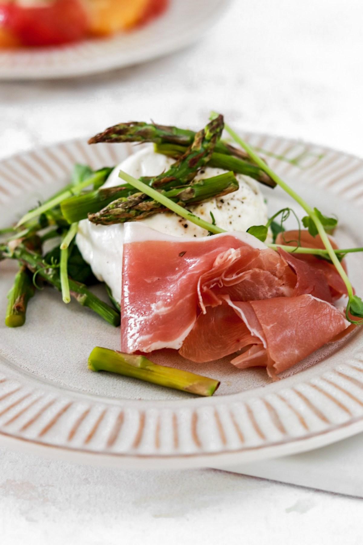 Asparagus, Prosciutto & Mozzarella (Gluten, Grain Free & Low Carb) Close Up