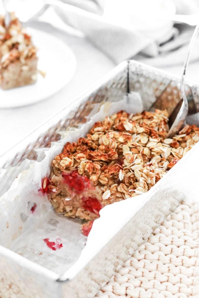 Cardamom & Berry Baked Oatmeal (Vegan, Gluten & Sugar Free) In Pan
