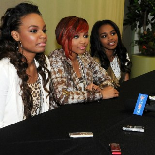 The McClain Sisters – Family Comes First