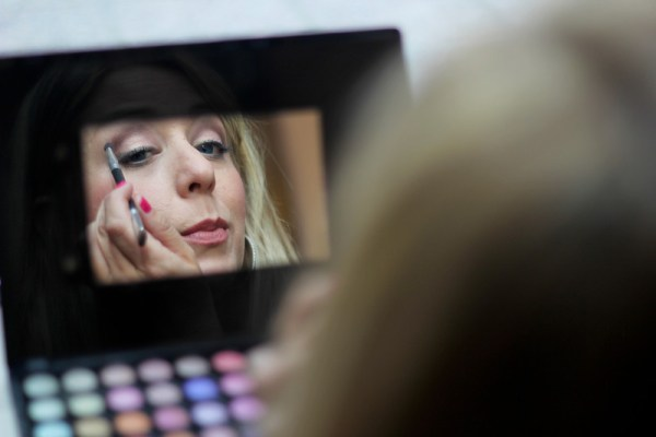 Amy from Freaky Perfect make-up make-over