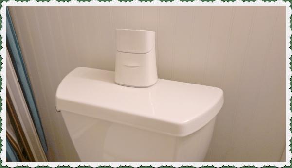 kleenex cottonelle bathroom