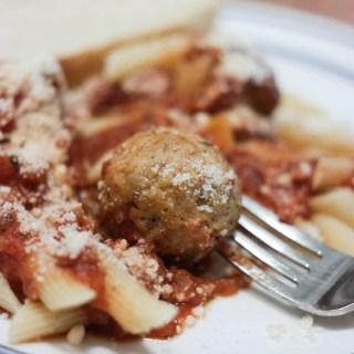 Pasta with 30-minute Spaghetti sauce and meatballs #meatballmasters