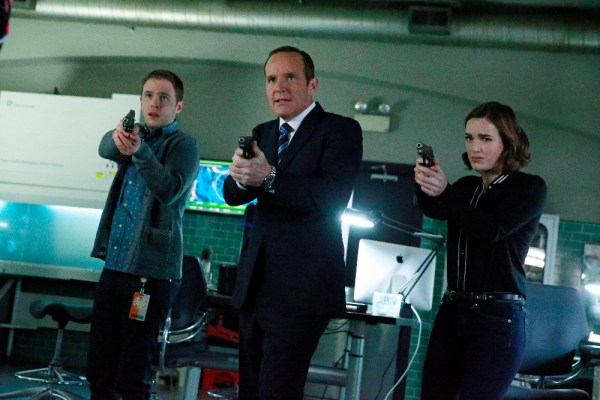 """{MARVEL'S AGENTS OF S.H.I.E.L.D. - """"S.O.S.,"""" Part One and Part Two""""} S.H.I.E.L.D. puts everything on the line to survive a war that blurs the line between friend and foe. Coulson and his team will be forced to make shocking sacrifices that will leave their relationships and their world changed forever, on the two-hour season finale of """"Marvel's Agents of S.H.I.E.L.D,"""" TUESDAY, MAY 12 (9:00-11:00 p.m., ET) on ABC. (Photo by ABC/Mitchell Haaseth) IAIN DE CAESTECKER, CLARK GREGG, ELIZABETH HENSTRIDGE"""