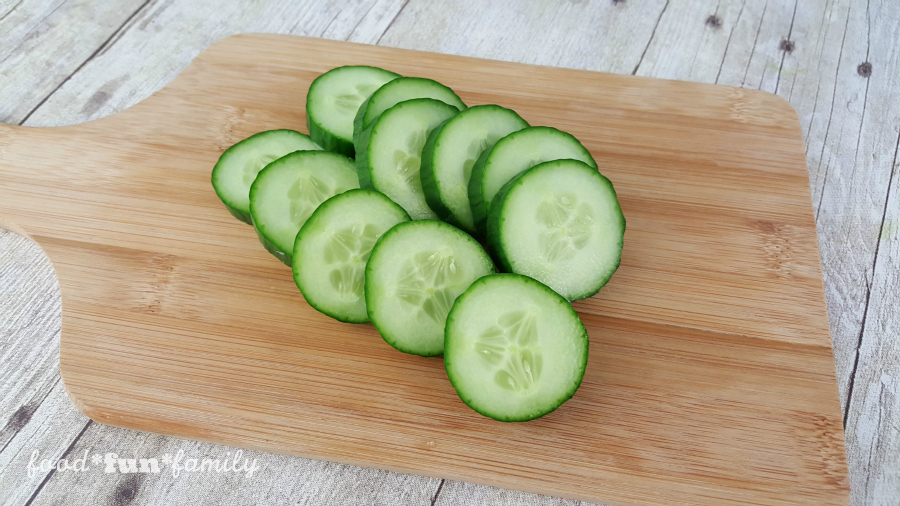 Detox cucumber water from Food Fun Family