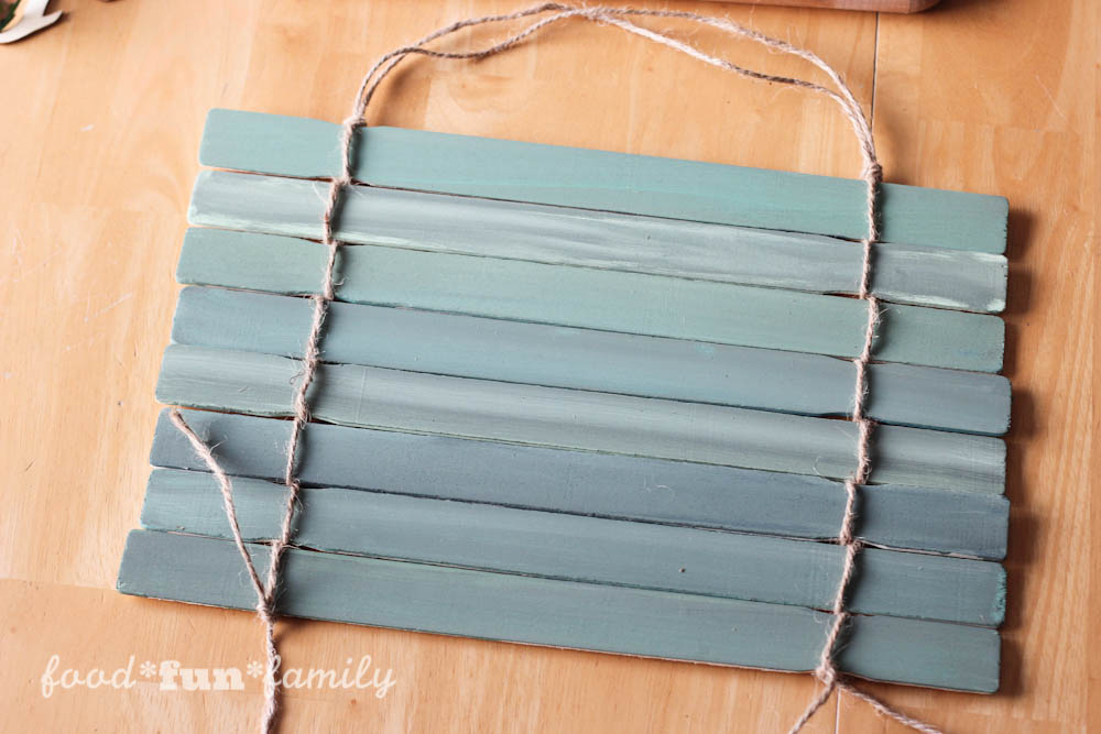 Looking for a cute St. Patrick's Day craft? This DIY project came as a result of a search for a paint stick crafts. The result is a fun and festive St. Patrick's Day Lucky rustic wall hanging.