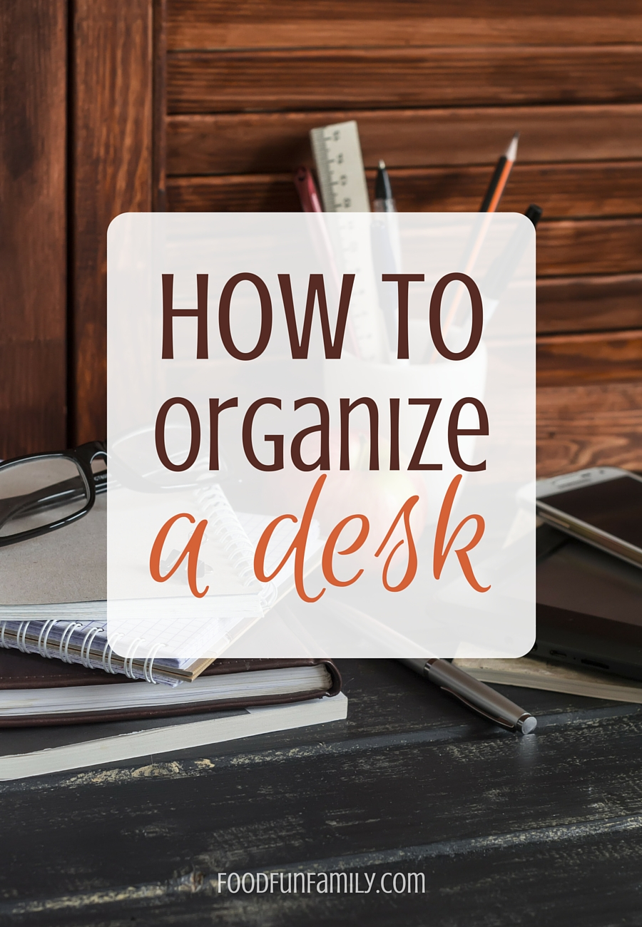 How to organize a desk - if you work or study at home and you're anything like me, then your desk is probably a mess most of the time. Here are some tips to get control of your desk and keep it organized!