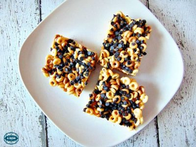 httpwww.morethanamomofthree.com20150817peanut-butter-cheerios-marshmallow- treat