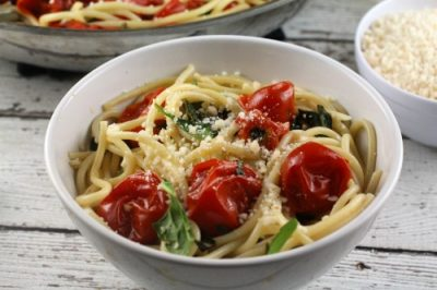 Cherry-Tomato-Sauce-with-Pasta-Parmesan-Basil-and-Spinach-process4