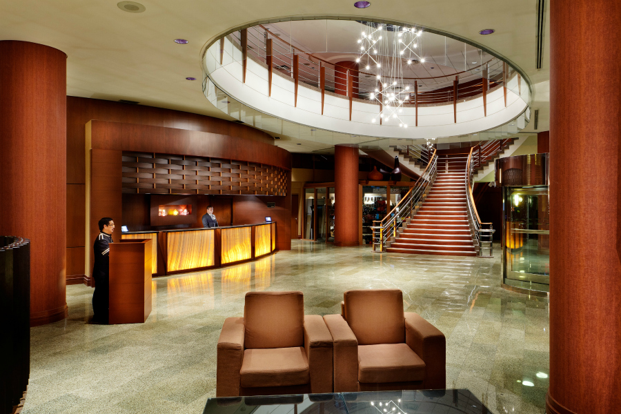 radisson-hotel-vancouver-airport_hotel_lobby_3000x2000
