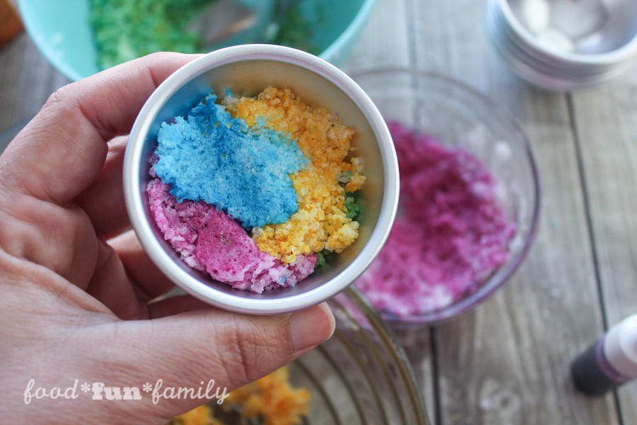 DIY rainbow bath bombs from Food Fun Family